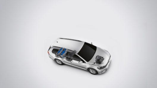 Volkswagen Golf CNG hübriid